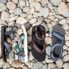 Teva sandals for the whole family this trip! Perfect for beach days! Sock Shoes, Cute Shoes, Me Too Shoes, Sandalias Teva, Up Girl, Crazy Shoes, Shoe Game, Teva Sandals Hiking, Sport Sandals