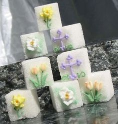 Each box of our Spring Bouquet Decorated Sugar Cubes contains 18 cubes individually decorated in a variety of 3 designs -- lilies, tulips and daffodils. Sugar Love, Tea Party Theme, Sugar Cubes, Hoppy Easter, Easter Bunny, Spring Bouquet, Easter Celebration, Easter Cookies, Cute Food