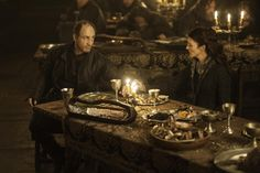 Roose Bolton/Michael McElhatton & Catelyn Stark/Michelle Fairley just before the betrayal. Catlyn Stark, Arya Stark, Game Of Thrones Episodes, Game Of Thrones Cast, Here's The Thing, The Next Big Thing, Michael Mcelhatton, Michelle Fairley, Medieval Recipes