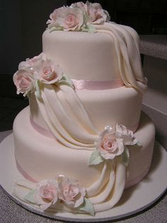 Cake Decorating: Pale pink tiered wedding cake with draping Beautiful Birthday Cakes, Amazing Wedding Cakes, Elegant Wedding Cakes, Wedding Cake Designs, Beautiful Cakes, Bolo Sporting, Wedding Cake Photos, Floral Cake, Fancy Cakes