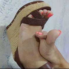She is prefect Women's Plus Size Swimwear, Pretty Toes, Female Feet, Sexy Feet, Foto E Video, High Heels, Beautiful, Instagram, Photos