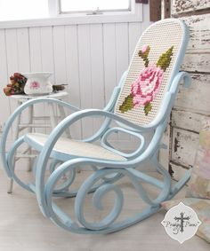Shabby Chic Bentwood Rocking Chair with Hand-Embroidered Rose via Prodigal Pieces. ~Awesome idea for the rocking chair in the nursery. Casas Shabby Chic, Shabby Chic Vintage, Shabby Chic Homes, Shabby Chic Style, Shabby Chic Rocking Chair, Rocking Chair Makeover, Rocking Chairs, Shabby Chic Furniture, Painted Furniture