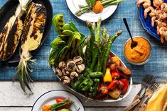Grilled Summer Vegetables with Romesco ~ This recipe for grilled veggies with Romesco sauce from Sun Basket is as close as you can get to the real deal from Spain. It blends ripe roasted red peppers and is seasoned with garlic and delicious smoky paprika, then made even richer by almonds. It's perfect on chicken, pork, in a sandwich, used as […] ~ https://www.mealauthority.com/recipe/grilled-summer-vegetables-with-romesco
