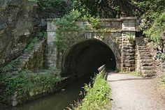 C Canal Towpath Paw Paw Tunnel