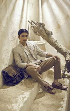Showbiznest: Coco Martin Looks Every Inch a Superstar in the New Ad Campaign; To Shoot a Movie in the US