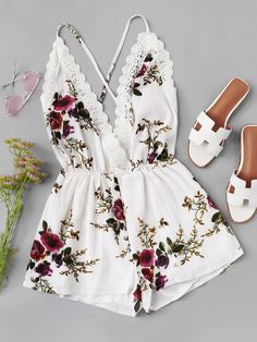 Shop Lace Panel Open Back Floral Cami Romper online. SheIn offers Lace Panel Open Back Floral Cami Romper & more to fit your fashionable needs. Cute Casual Outfits, Cute Summer Outfits, Pretty Outfits, Stylish Outfits, Spring Outfits, Teenager Outfits, Outfits For Teens, Girl Outfits, Fashion Outfits