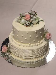 Wedding cake real flowers