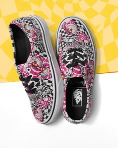 Every adventure requires a first step. Take that step in the new Cheshire Cat Disney Authentics.