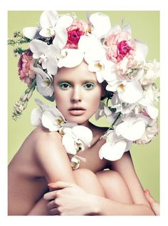 Floral Essence–The spring season is fully embraced in the April issue of Elle Vietnam with a beauty story featuring new face Paige Reifier. The blonde beauty poses for Stockton Johnson in a series of stunning images where she models floral headpieces made with the help of Florist Bess Wyrick. Hair stylist Ryan Taniguchi and makeup artist Nam Vo give Paige a perfectly ethereal look for the feature. / Manicure by Kelly B