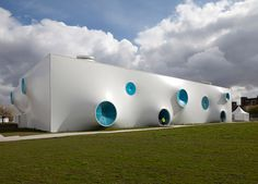 Google Image Result for http://www.decoratrix.com/wp-content/uploads/2012/07/Olympic-Shooting-Venue-by-Magma-Architecture-10.jpg