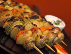 Cantinho Vegetariano: Espetinhos de Vegetais em Marinada de Curry (vegan...