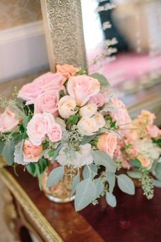 "Beautiful flower arrangement ""Romantic"""