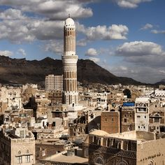 Just caught a glimpse of recent footage taken  in #Sanaa, Yemen's capital, one of the oldest continuously populated places in the world with a 2590 year history. So sad to see large sections of this world Heritage city in complete ruin. Here's the way it looked 10 years ago, shooting a story for #Natgeo on the Chinese explorer, #ZhengHe who visited in the 15th c. #Yemen  @thephotosociety @natgeocreative @natgeo