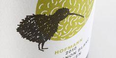 bird illustration on wine