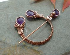 Amethyst and copper wire pin