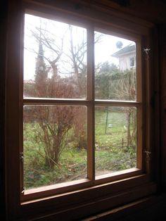 Fenster aus Mondholz.