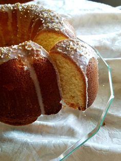 This sour cream pound cake with hints of vanilla, orange, and lemon is the perfect treat to bring to a pot luck party or give as a hostess gift. Pound Cake Recipes, Pound Cakes, Pecan Sticky Buns, Sour Cream Pound Cake, The Seven, Hostess Gifts, Beautiful Cakes, Catcher, Tart