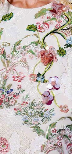 Giambattista Valli -  Embroidery and beading details