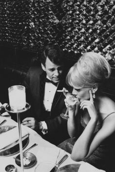Cocktail glamour at New York's Ground Floor restaurant, 1966, by Horn & Griner for GQ