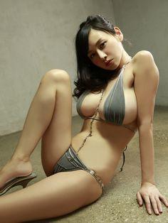 Anri Sugihara 杉原杏璃