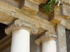 Andrea Palladio: Palazzo Valmarana, 1565, Vicenza, Italy; Ionic capitals in the loggia facing the court
