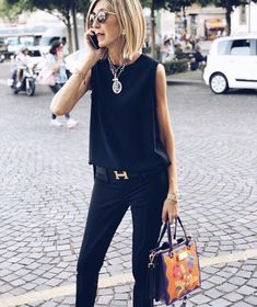 business mode damen 70 The Summer It Outfit That Goes with Everything Mode Chic, Mode Style, Looks Chic, Looks Style, Mode Outfits, Fashion Outfits, Fashion Tips, Fashion Trends, Fashion Over 40