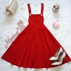 185606fe Nenhum texto alternativo automático disponível. Camisa De Moda, Trajes De  Vestir, Vestidos Elegantes