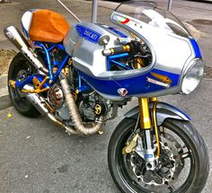 Phenom, Ducati Paul Smart 1000LE custom made.