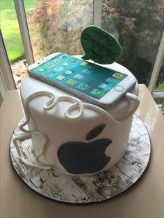 iPhone cake Boys 16th Birthday Cake, Brithday Cake, Teenager Birthday, Pretty Birthday Cakes, Happy Birthday Gifts, Makeup Birthday Cakes, Iphone Cake, Cake Name, Chocolates