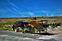 Island life in Ireland - Aran Island: Spring is a wonderful time to experience the real Ireland. Less tourists, roads are less busy and the landscape is untouched...