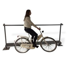FalcoSupp: service voor wachtende fietsers Baby Strollers, Bicycle, Cities, Cycling, Baby Prams, Bike, Biking, Bicycle Kick, Bicycling
