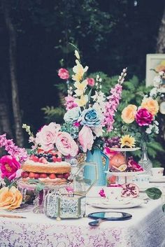 The National Vintage Wedding Fair shares a bright, floral, vintage tea party wedding styled shoot Bridal Shower Desserts, Chic Bridal Showers, Bridal Shower Tea, Tea Party Bridal Shower, Tea Party Decorations, Bridal Shower Decorations, Vintage Tea Parties, Tea Party Table, Tea Party Setting