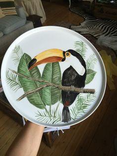 Andrea Zarraluqui – 44 фотографии China Painting, Ceramic Painting, Ceramic Art, Ceramic Plates, Ceramic Pottery, Lotus Artwork, Plate Drawing, Pottery Painting Designs, Decoupage Vintage