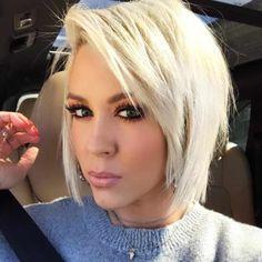 Short Hairstyles For Women Continue To Be The Trend In ; kurze frisuren für frauen liegen weiterhin im trend Short Hairstyles For Women Continue To Be The Trend In ; Fine Hair, Wavy Hair, Blonde Hair, Hair Bangs, Men's Hair, New Short Hairstyles, Different Hairstyles, Hairstyles Haircuts, Short Choppy Layered Haircuts
