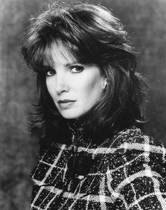Jaclyn Smith's hairstyle