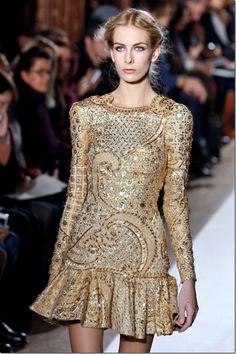 A model presents a creation by Lebanese designer Zuhair Murad during the Haute Couture Spring-Summer 2013 collection shows on January 24, 20...