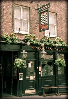 Chequers Tavern |  London           I love how they add plants to the facade . . . lovely...