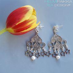 Helmipaikka Oy - Joka päivä on korupäivä - Helmipaikka. Crochet Earrings, Helmet, Drop Earrings, Jewelry, Jewellery Making, Jewels, Jewlery, Helmets, Jewerly