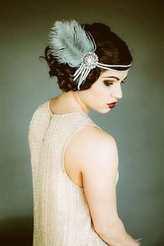 See more about vintage inspired, gatsby and the great. See more about vintage inspired, gatsby and the great. Great Gatsby Party, The Great Gatsby, Great Gatsby Fashion, Great Gatsby Inspired Dresses, Flapper Headpiece, Vintage Headpiece, Bridal Hairpiece, Flapper Hair, Bridal Headbands