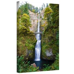 'Multnomah Falls' by Cody York Photographic Print on Wrapped Canvas