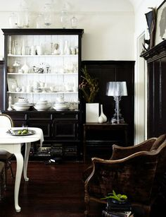 interiors portfolio photographer r. brad knipstein in the home of the very talented stylist, Rosy Friedman - black and white contrast