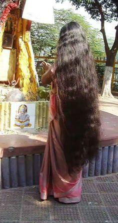 Long Hair Ponytail, Bun Hairstyles For Long Hair, Braids For Long Hair, Indian Hair Cuts, Indian Long Hair Braid, Long Black Hair, Very Long Hair, Sari, Big Hair