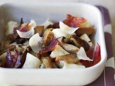 Gebratene Steinpilze mit Schinken und Gnocci ist ein Rezept mit frischen Zutaten aus der Kategorie Pilze. Probieren Sie dieses und weitere Rezepte von EAT SMARTER!