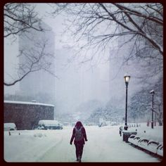 This was an amazing moment for me :) the first time I have ever been to New York and got to see the snow! Was amazing!