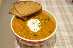 linsensuppe-mit-suesskartoffeln-spinat