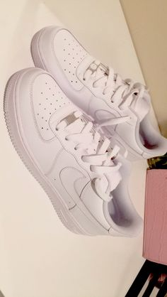 Nike Air Force 1 | Pinterest @ allisonngg |
