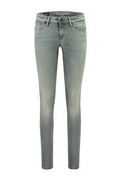 Deze jeans van Denham is gemaakt van 92% katoen, 6% elastomultiester en 2% elastaan. Het model Sharp is een skinny fit en deze draagt heel comfortabel door de stretch. De SZS wassing is een gewassen jeans met een vleugje grijs en groen. Denham Jeans Shar