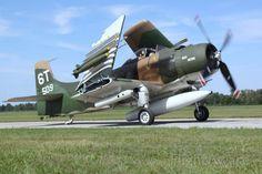 Photo of - FlightAware Douglas Aircraft, Sniper Training, Thing 1, Navy Marine, Aircraft Photos, United States Navy, Aviation Art, Military Aircraft, Airplanes