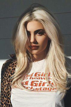 Kylie Jenner - Blonde