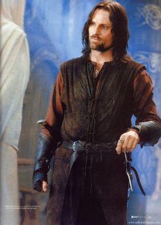Galadriel et Arwen Thranduil, Legolas, Gandalf, Fellowship Of The Ring, Lord Of The Rings, Aragorn Costume, Frodo Baggins, Viggo Mortensen, My Fantasy World